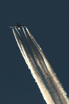 21st Century Aviation : Photo
