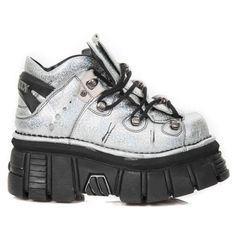 Holographic New Rock platform sneakers Oxfords, New Rock Homme, Crazy Shoes, Weird Shoes, High Platform Shoes, New Rock Boots, Grunge Girl, Grunge Fashion, Punk