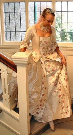 18th century wedding dresses Contemporary portrayals of historical ...