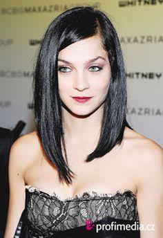 Leigh Lezark's perfect hair