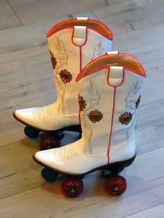 Skating by Cowgirl Style :-).... 'at give me an idea... Lol.