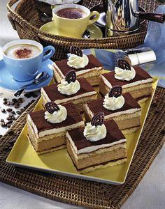 Our popular recipe for cappuccino cream slices and over more free recipes on LECKER.de, The post Cappuccino cream slices appeared first on Woman Casual. Good Healthy Recipes, Vegan Recipes Easy, Italian Recipes, Free Recipes, Cappuccino Machine, Dream Cake, Popular Recipes, Chocolate Desserts, Bakery