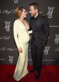Blake Lively owned the red carpet last night in a tight Gucci gown that showed off her growing bump. Nobody (including Ryan Reynolds!) could take their eyes off her!