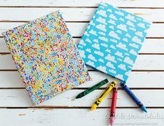 ¡Tus cuadernos lucirán increíbles con esta idea! Busca tus telas favoritas que te enseño a personalizarlos en minutos.