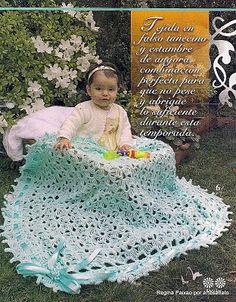 lo spazio di lilla: Copertina per neonato all'uncinetto: un soffice abbraccio...