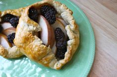 Make a Simple Peach and Blackberry Crostata, No Pie Dish Needed | Edible Brooklyn