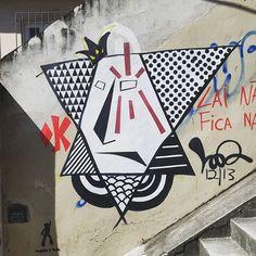More details of the work, place and artist: http://streetartrio.com.br/artista/desconhecido/compartilhado-por-dnmarlin-em-feb-17-2016-1819/ /  #streetphotography #buildinggraffiti #graffitiart #art #streetart #handmade #street #graff  #urban #wallart #spraypaint #aerosol #spray #wall #mural #murals #painting #arte #color #streetartistry #artist #grafiti #urbano #rue #guerillaart