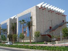 BCAM by Renzo Piano in Los Angeles, California, USA. Exterior. Photo: arcspace