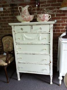 shabby chic dressers | ... Lambertville - http://myshabbychicdecor.com/shabby-chic-dressers-lambertville/ - #shabby chic #home decor #design #ideas #wedding #living room #bedroom #bathroom #kithcen #shabby chic furniture