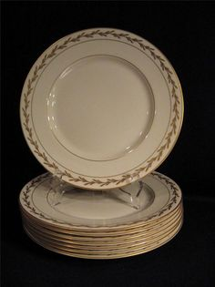 FRANCISCAN POTTERY FINE CHINA BEVERLY DINNER PLATE