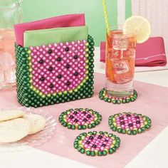 Refresh your kitchen décor with a watermelon-themed napkin holder. The large, easy-to-manipulate beads produce vibrant three-dimensional pieces. Bubble Beads kit includes Bubble Beads, monofilament line, and instructions. Seed Bead Crafts, Beaded Crafts, Pony Bead Patterns, Beading Patterns, Doilies Crafts, Beaded Banners, Beaded Boxes, Bead Kits, Beaded Clutch