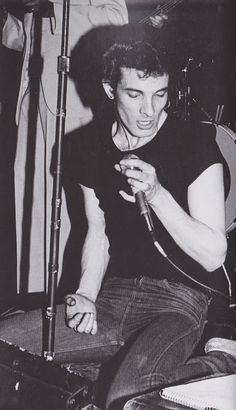 Willy Deville (in 1977) (August 25, 1953 - August 7, 2009) American singer (member of Mink Deville and Korgis).