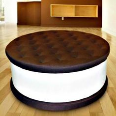 Ice Cream Sandwhich Chair! I can not tell you how much I would like to have this chair.