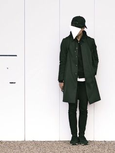 UNITED TOKYOのステンカラーコート「スリーレイヤーギャバステンカラーコート」を使ったまひろのコーディネートです。WEARはモデル・俳優・ショップスタッフなどの着こなしをチェックできるファッションコーディネートサイトです。