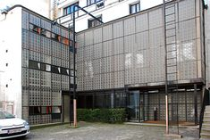 Maison de Verre by Pierre Chareau and Bernard Bijvoet for Dr. Dalsace, Paris 1927-1932.