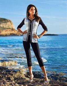Die Wellnessjacke von FÉRAUD: eine elegante Jerseyjacke für Ihre Sport- und Freizeitpläne oder einfach nur für zu Hause.