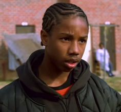 """Quick FYI now that the new Creed trailer has been released. Michael B. Jordan was """"Wallace"""" in The Wire. The Wire Tv Series, The Wire Tv Show, The Wire Hbo, Hbo Tv Series, Drama Series, Best Tv Shows, Favorite Tv Shows, Michael Bakari Jordan, Natural Hair Inspiration"""