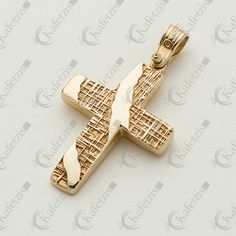 Cross Jewelry, Rose Gold Jewelry, Cross Pendant, Gold Rings, Jewelry Design, Baptism Ideas, Pendants, Jewelries, Antiques