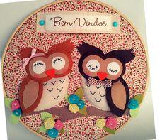 Quadro bastidor de casal de corujas para deixar a entrada da sua casa mais alegre e encantadora aos convidados!