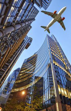 Travel Discover A jet plane flying over the city by Bombaert Patrick on Flugzeug Airplane Photography Urban Photography Landscape Photography Travel Photography Airplane Wallpaper City Wallpaper City Aesthetic Jet Plane World Trade Center Airplane Photography, City Photography, Landscape Photography, Nature Photography, Photography Hacks, Airplane Wallpaper, City Wallpaper, Scenery Wallpaper, Travel Wallpaper