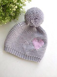 yarn crochet patterns Knit hat with big pompom Diy Crafts Knitting, Knitted Hats Kids, Baby Girl Pants, Moss Stitch, Baby Alpaca, Wool Yarn, Baby Hats, Baby Knitting, Etsy