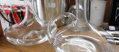 Decanter para vinhos: frescura ou realmente necessários? http://www.bibeli.com.br/post-interna/decanter-para-vinhos-frescura-ou-realmente-necessarios