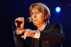 """VIDÉO - Canal + dévoile la chanson de David Bowie pour """"Panthers"""""""