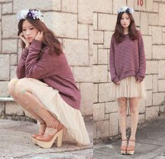 Yammi Floral Tiara, Monki Plum Quilted Sweater, Yesstyle Tulle Skirt