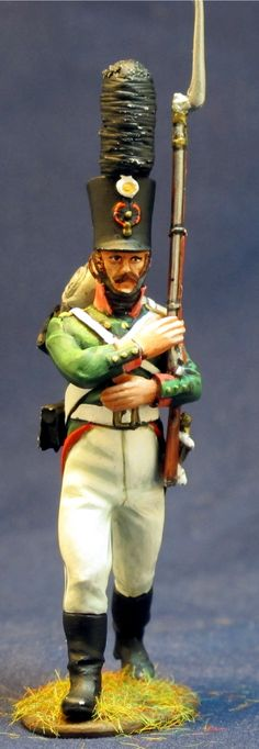 SMOLENSK RGT.GRENADIERS PRIVATE MARCHING 2 NP 306