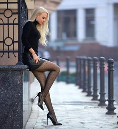 Women With Beautiful Legs, Lovely Legs, Great Legs, Mode Outfits, Sexy Outfits, Fashion Outfits, Womens Fashion, Sexy Legs And Heels, Sexy High Heels