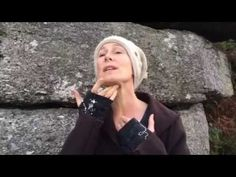 In this video Prune shows how to help bring balance the the 7 main chakras by working with the chakra chambers in the throat. This is a wonderful way to incr...