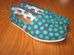 Can we just talk about how awesome TOMS are for a sec? Check out Dieting Digest