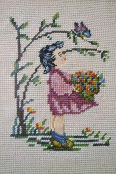 Vintage Needlepoint fille fleurs papillon encadré par PanchosPorch
