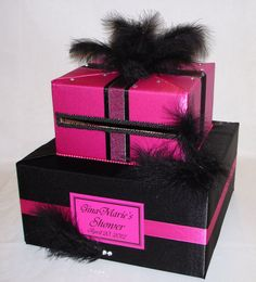 Feathers, rhinestones.... this card box is FABULOUS! @Jess Liu Massoth Bride