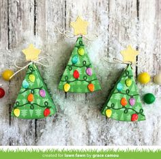 Treat box BygraceC for Lawn Fawn- Hello! Here today sharing these Christmas tree treat boxes as part of the Fawny. Christmas Lyrics, Christmas Crafts, Christmas Tree, Cake Slice Boxes, Santa And His Reindeer, Lawn Fawn Stamps, Card Making Kits, Pattern Paper, Holiday Fun