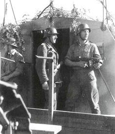 """France, Un soldat allemand armé d'une mitraillette US Thompson """"Tommy Gun""""   by ww2gallery"""