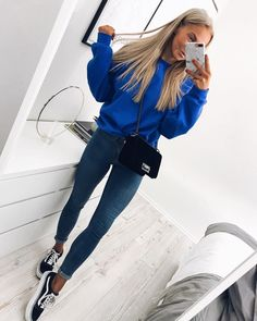 Teen Fashion - Outfits for Teens College Fashion, 50 Fashion, Look Fashion, Autumn Fashion, Feminine Fashion, Ladies Fashion, Womens Fashion Outfits, Fashion Brands, Fashion Stores