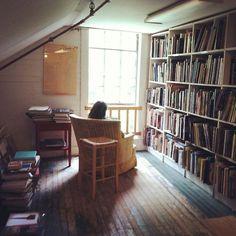 teachingliteracy: myidealhome: cozy personal library (via...
