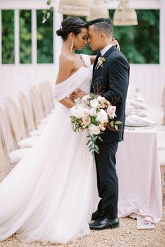 Romantic bride and groom photo | Summer Garden wedding inspiration at the Ivy Rose Barn | Virginia Wedding Inspiration | Photography: DANIELLE DEFAYETTE | Magnolia Rouge - Fine Art Wedding Blog