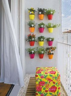 DARLING, colorful, VERTICAL herb garden!!