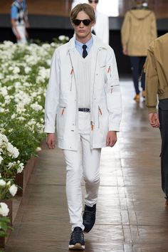 See the Dior Homme spring/summer 2016 menswear collection. Click through for full gallery