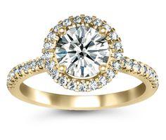 Halo Diamond - Yellow Gold