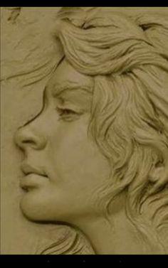 Ceramic Sculpture Figurative, Autumn Painting, Carving Designs, Celtic Art, Portrait Art, Clay Crafts, Thing 1, Sculpture Art, Sculpting
