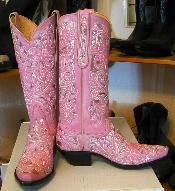 """Everygirl needs a nice pair of pink cowboy boots. I could just """"blingy"""" up Zayda's already pink cowgirl boots :) Pink Cowgirl Boots, Pink Boots, Western Boots, Cowboy Boots, Cowgirl Bling, Baby Boots, Bling Bling, Pretty In Pink, Pink Love"""