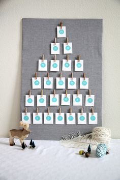Free Advent DIY Printable, fun and meaningful activities for family and friends. $0.00 #HolidayCrafts