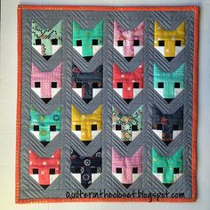 Fancy Fox Mini for Schnitzel & Boo Mini Swap. Great use of some favorite prints Longarm Quilting, Machine Quilting, Quilting Projects, Quilting Designs, Small Quilts, Mini Quilts, Baby Quilts, Elizabeth Hartman Quilts, Fox Quilt