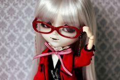 """Am I your hot teacher or am I just vampire in disguise? Wigs, Teacher, Glasses, Hot, Fashion, Eyewear, Moda, Professor, Eyeglasses"