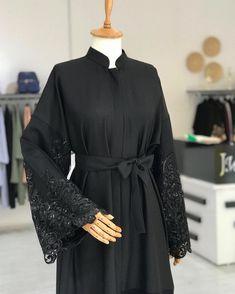Hair and beauty Dubai fashion kurti, Dubai fashion male,… Dubai Fashion Week, Fashion Night, Fashion 2020, Fashion Teens, Abaya Fashion, Women's Fashion Dresses, Abaya Mode, Hijab Style Dress, Abaya Designs