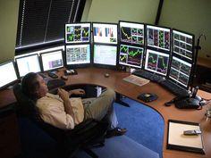 Forex Software - Best Trading Software With Risk Management Forex Trading Software, Online Forex Trading, Trading Desk, Money Trading, Day Trader, Casa Bunker, Stock Market Courses, Room Setup, Pc Setup