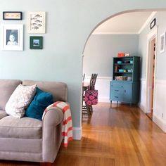 Sherwin Williams Sea Salt Paint Color Schemes - Interiors By Color Living Room Decor Colors, Living Room Furniture Arrangement, Living Room Paint, Living Room Carpet, Interior Design Living Room, Room Interior, Paint Color Schemes, Room Paint Colors, Blue Color Schemes